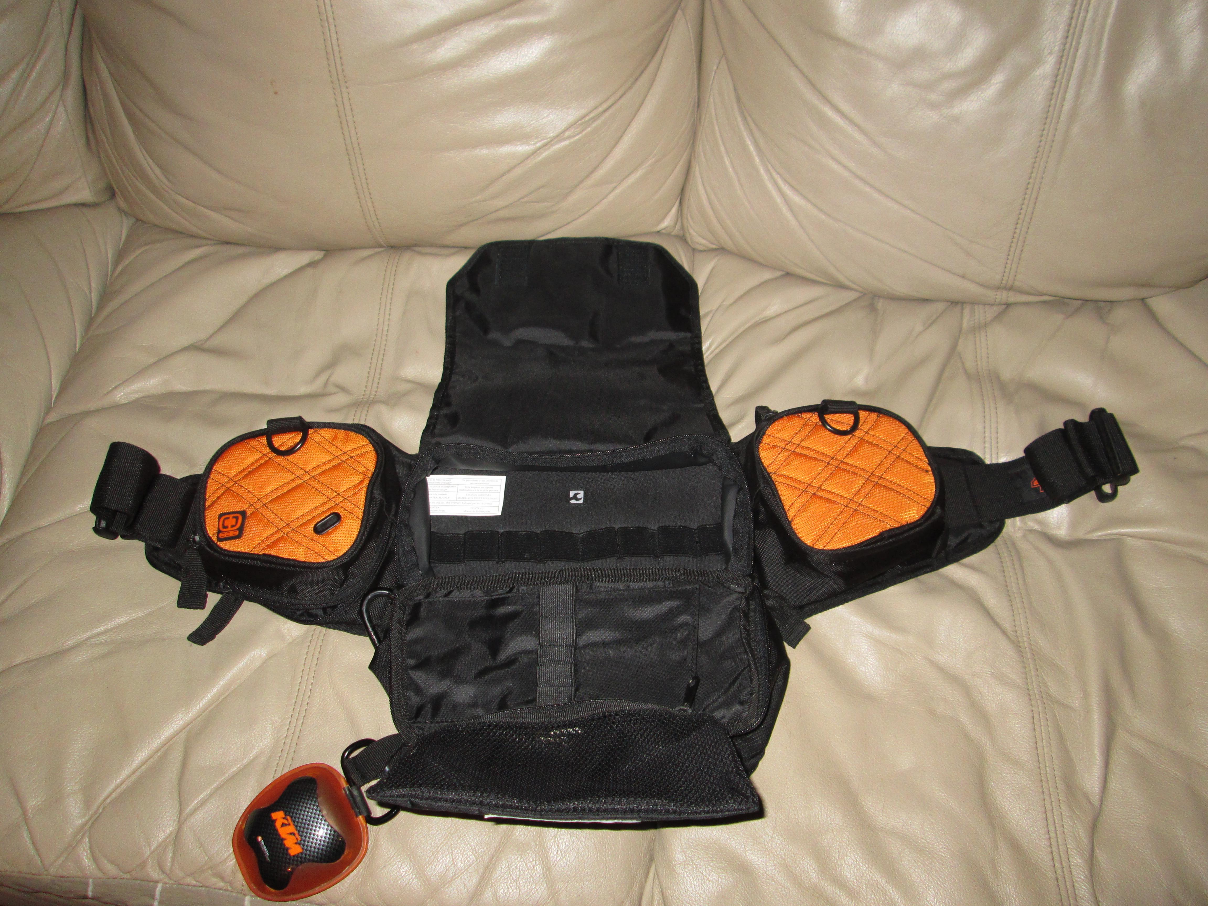 What is everyone using for storage while riding ? - Backpack or belt bag made by KTM-img_0254.jpg