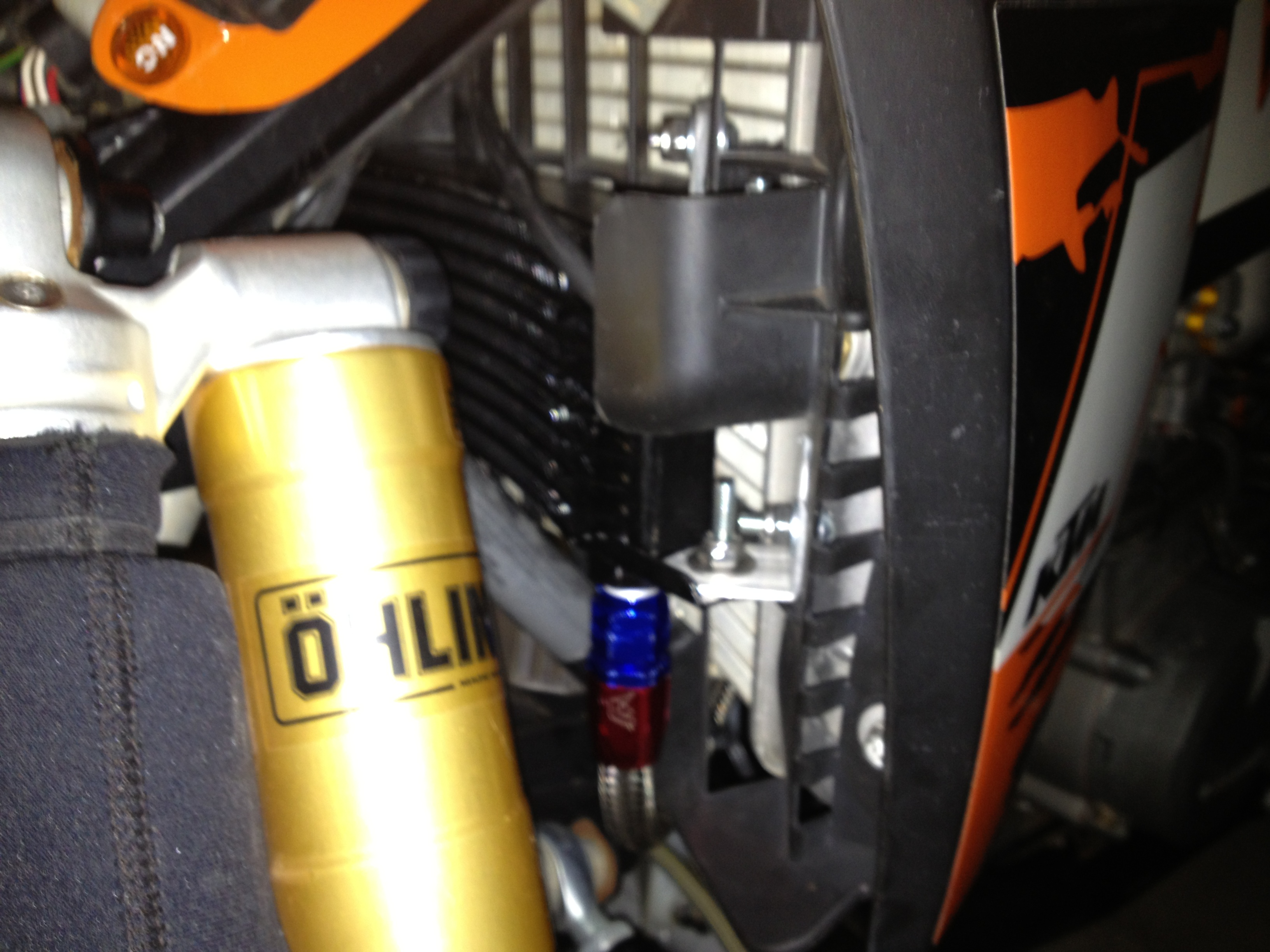 oil Cooler Mounting photo's-img_0939.jpg