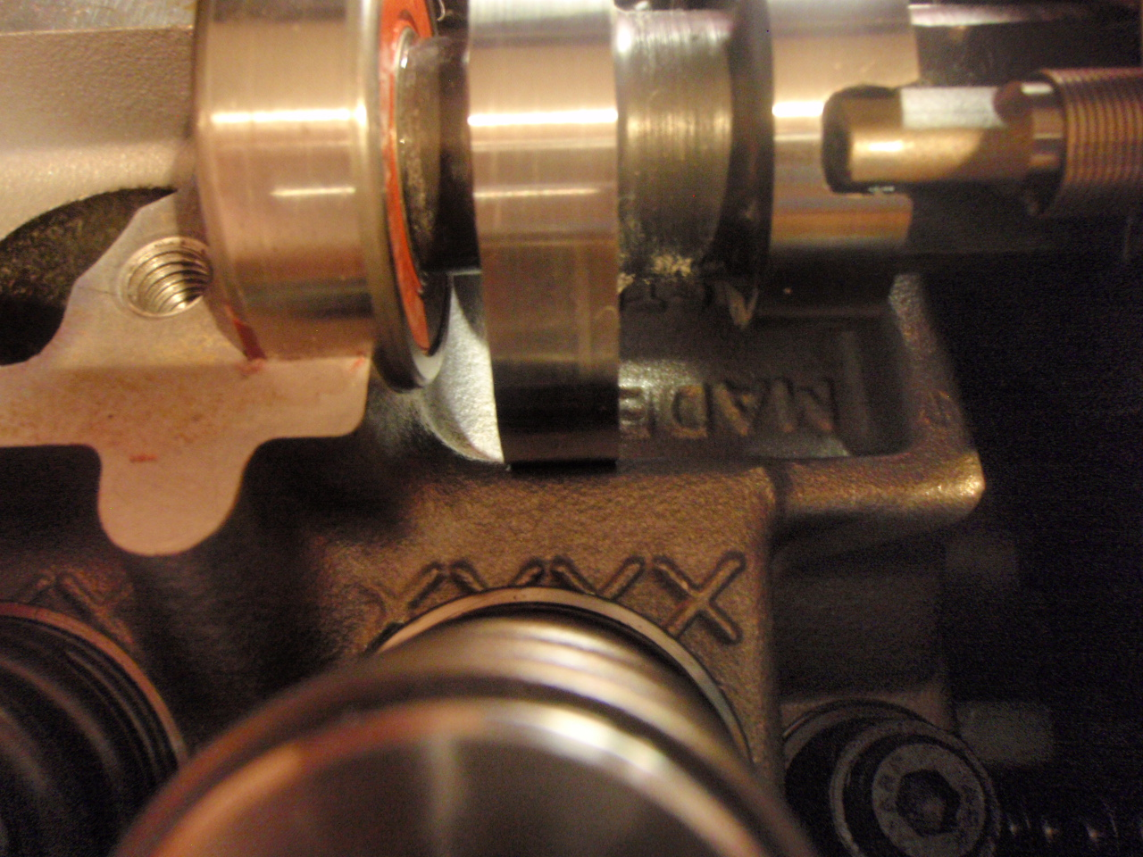8/07 cam install - gotta grind the head for clearance-pc092070.jpg